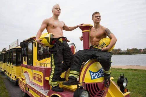 Oulun komeat palomiehet ovat täällä taas - katso kalenterikuvat