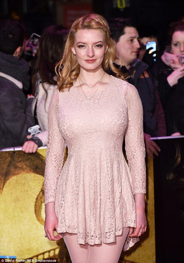 dakota blue richards 2017