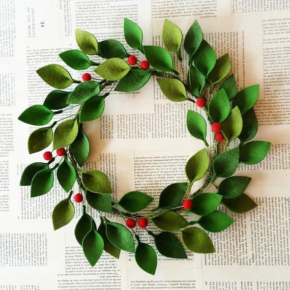 Felt Christmas Wreath – Green Felt Leaves and Holly Berries – Modern Christmas Wreath – 16″ Total Diameter – Made to Order