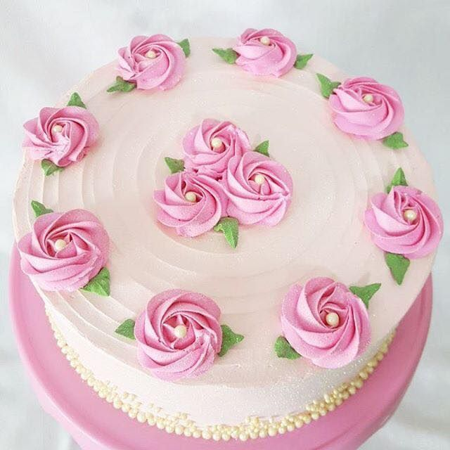 Cake Decorations Pink Roses : Best 20+ Pink rose cake ideas on Pinterest 18th birthday ...