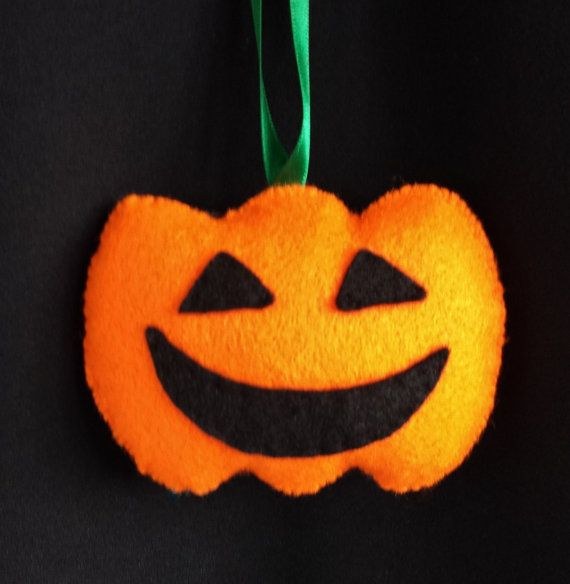 Handmade Felt Pumpkin Halloween Hanging Decoration