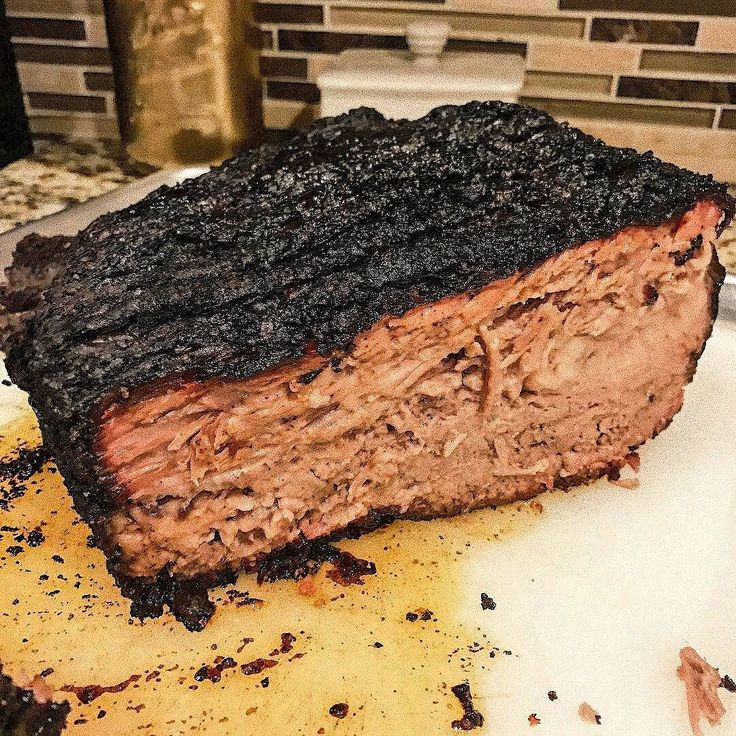 For those us who really know both BBQ and food Science let's all point and laugh at the people who say this is Burnt. Let the games begin! . Pic and beautiful bark on that brisket courtesy of @barkerbbq . You ready to take your Instagram game to another level? Are you ready to make serious cash? First you need to grow your account with real organic and engaged people. My business partner @CupcakeProject and I are now over 500000 followers combined and that took us less than 2 years. We can…