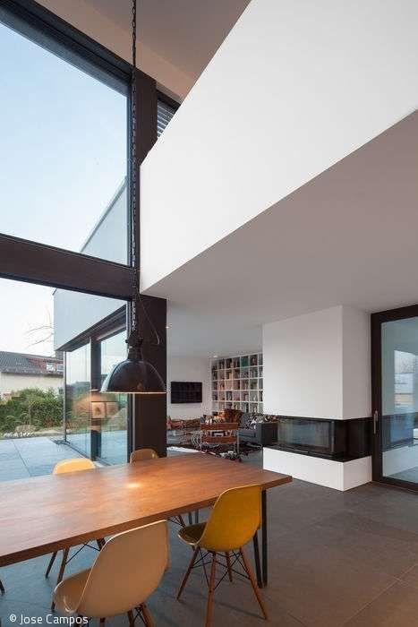 Preisgekröntes Flachdachhaus in Holztafelbauweise