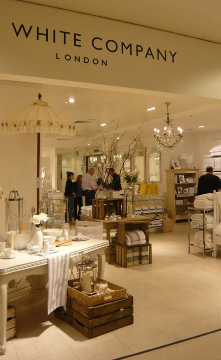 I could spend an entire day in this shop - everything but everything is Beautiful...