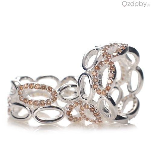 Prześliczny pierścionek