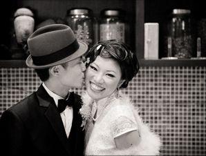 old shanghai kissy couple