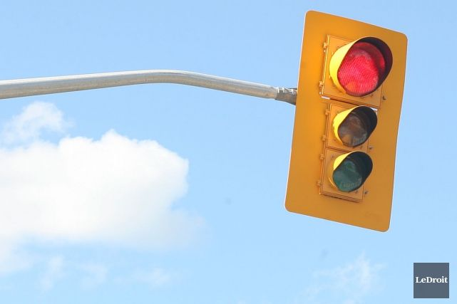 http://images.lpcdn.ca/641x427/201402/10/810611-municipalites-responsables-circulation-leurs-routes.jpg