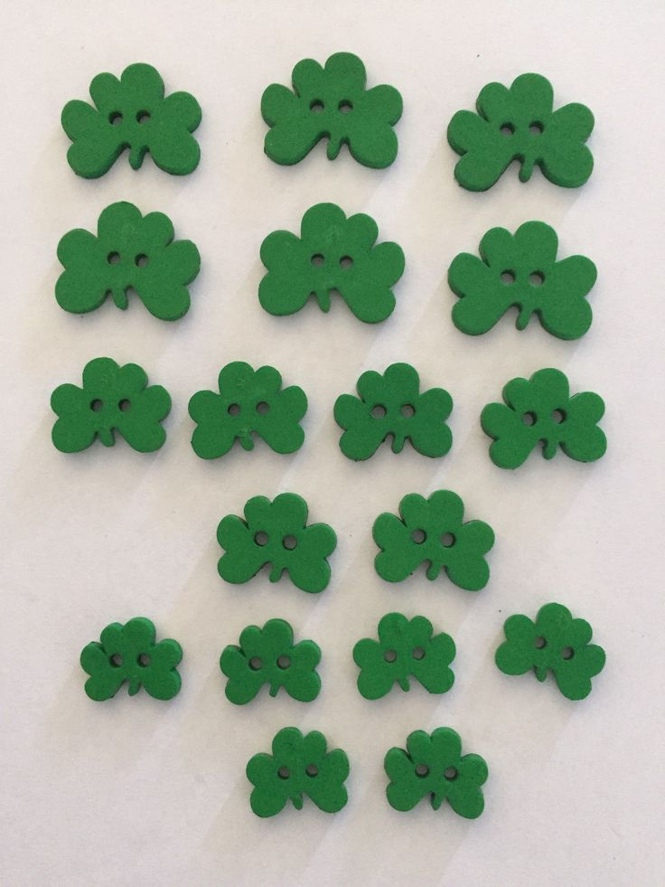 Assorted Green Shamrock buttons for St. Patrick's Day!  2-Hole Flat by Dress It Up, no.1862  #StPatricksDay #Buttons #crafts #homemade #DIY #artsandcrafts