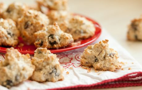 Coconut Macaroons (made With Desiccated, Unsweetened Coconut) Recipes ...