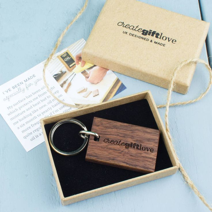 £8 - Personalised Wooden Gift Remember To Be Awesome Keyring
