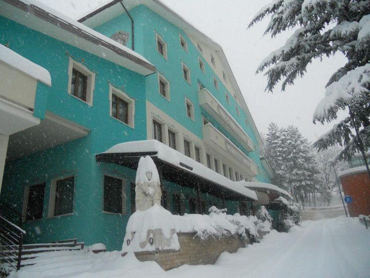 Hotel Fiordigigli sotto la neve - Assergi (L'Aquila) Gran Sasso