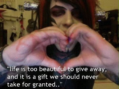 I don't get y people say terrible things about dahvie. He is so inspirational