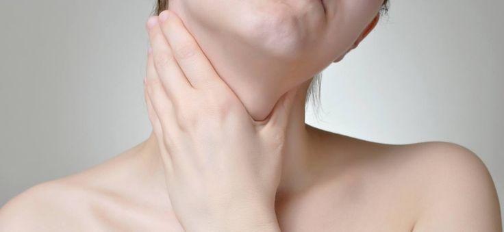 L'angine herpétique est une angine vésiculeuse d'origine virale qui présente de petites vésicules au niveau de la gorge – Tout sur ComprenderChoisir.com