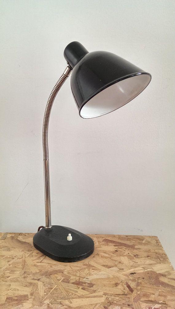 Lampe de bureau de bauhaus industriel vintage vintage industrial and desks - Bureau vintage industriel ...