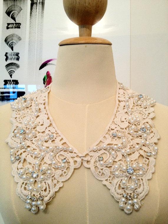 bead & lace detachable accent collar