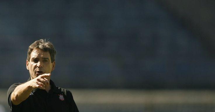 Paulo César Carpegiani é o novo técnico do Coritiba