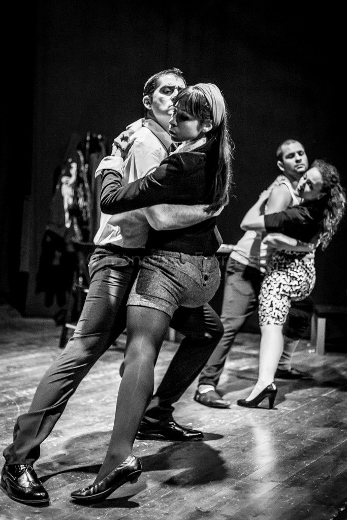 Amore Non Essere Geloso - La Commedia a cura della Compagnia Velluto Rosso in scena al Teatro Ostiense a Roma con la regia di Marco Simeoli