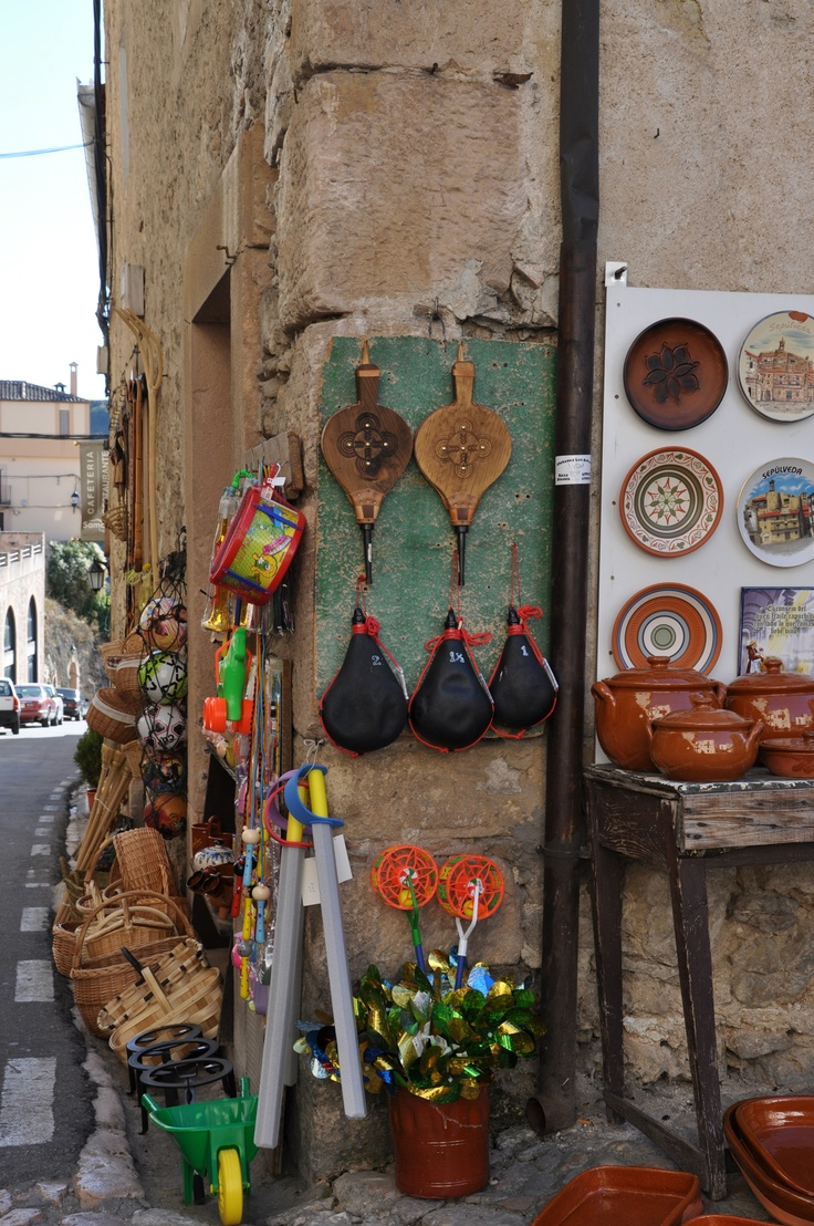 Spanish crafts on a far away island!