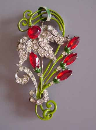 Staret red and green floral