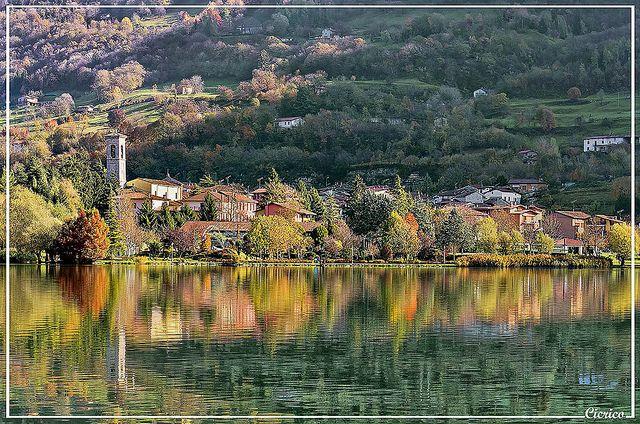 ITALIAN ALPS, Lago di Endine - Monasterolo del Castello | Flickr - Photo Sharing! BEAUTIFUL SETTING