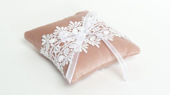 cojín de terciopelo / / blush rosa anillo de la almohada / / almohada portador del anillo de terciopelo / almohadilla del portador del anillo y encaje