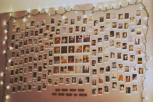 : Photo Collage, Wall Of Photo, Bedrooms Photow, Polaroid Photo, Christmas Lights, Photo Wall, Awesome Ideas, Pictures Wall, Bedrooms Ideas