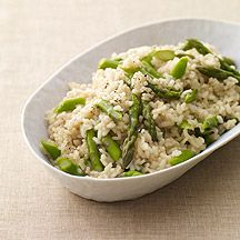 Weight Watchers Asparagus Risotto  - Creamy and rich. Make this recipe as written or use white wine instead of lemon juice and swap spinach for the asparagus.  5 points per 1 cup risotto.
