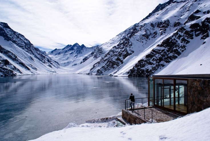 Mind Blowing C7 Chalet On The Shores of a Mountain Lake in Chile