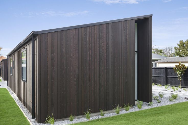 Sleek lines: Vertical cedar cladding