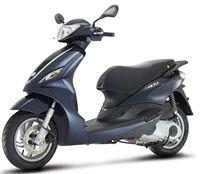 De Piaggio scooters: Piaggio Zip en Piaggio Fly. Wat zijn de schillende, wat kosten ze en waar kan je deze Piaggio scooter online kopen?  http://linkbot.eu/scooter/de-piaggio-scooters-piaggio-zip-en-piaggio-fly/