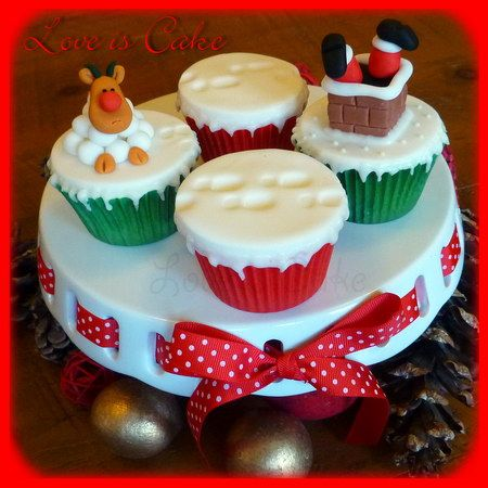 Christmas Cup Cakes by Love Is Cake,Derby - I LOVE the footprints in the snow!!!!