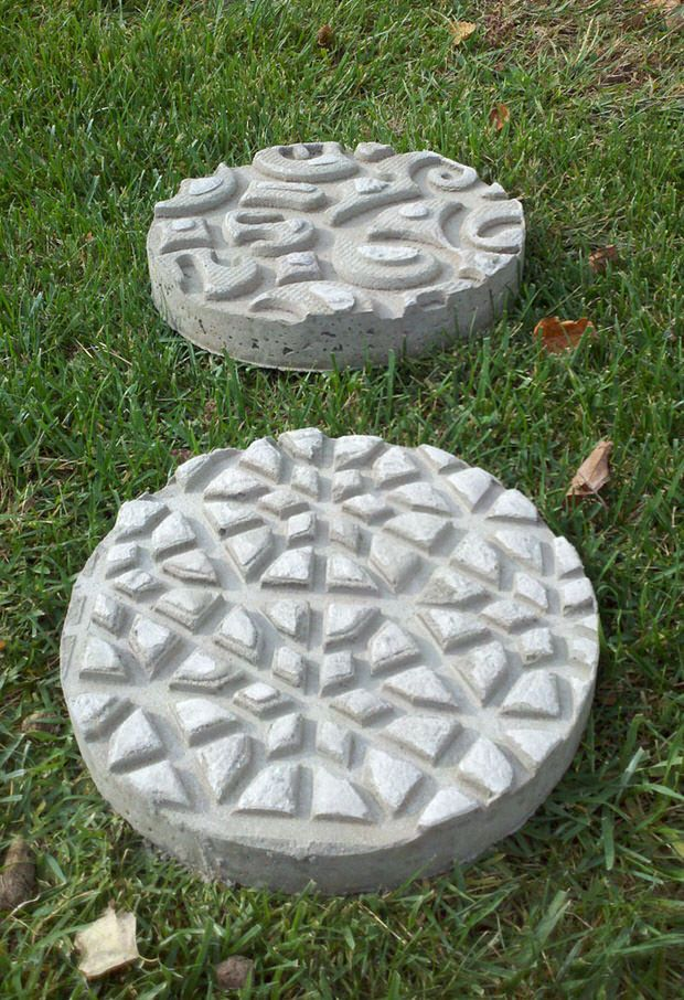 Best 20 concrete stepping stones ideas on pinterest no for How to build a stepping stone path