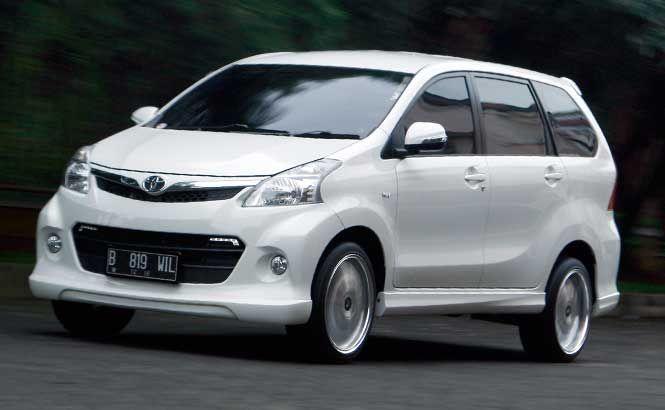 Modifikasi Toyota Avanza Veloz Putih Sporty