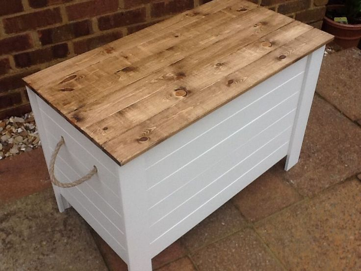 ... Unused Shabby Chic Rustic Wooden Solid Pine Toy Blanket Shoe Box Chest