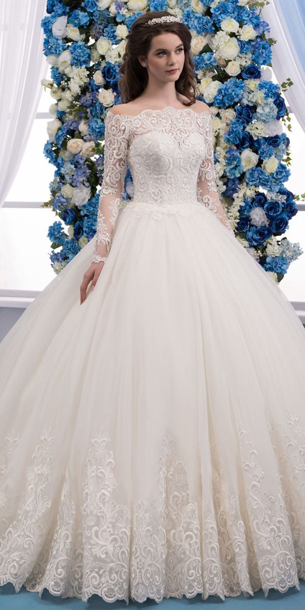 [187.50] Romantic Tulle Bateau Neckline Ball Gown Wedding Dress With Lace Appliques & Beadings