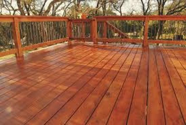 Top Deck & Fence Staining Deck and Fence Painting Services and Cost in Omaha NE 68016| Service Omaha 402-401-7562