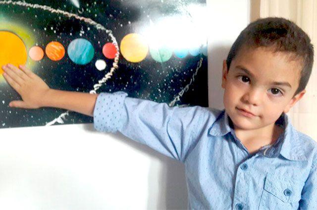 Niño genio colombiano con coeficiente intelectual de 160 -➜