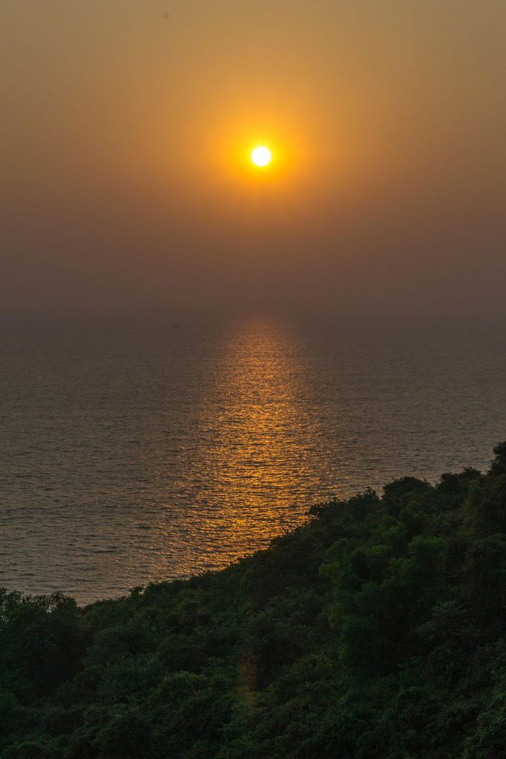 sunset from fort aguada goa