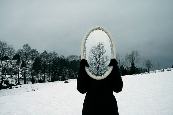best photos 2 share: Amazing Photos of Reflection and Mirror Photography