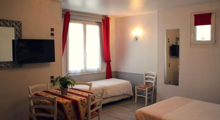 Residence Le Bellevue Caen This residence is located 2.5 km from the centre of Caen and a 10-minute drive from Caen Carpiquet Airport. It offers studios and apartments with free Wi-Fi.  Each studio and apartment at Le Bellevue has a TV, private bathroom and a kitchenette.