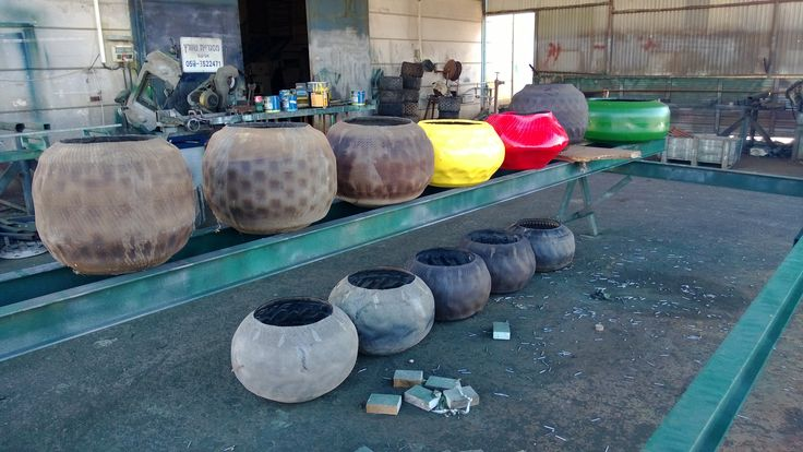 plant pots from recycled tires