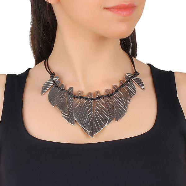 Yaprak Form Kolye #kolye #yaprakkolye #moda #fashion #necklace #woman #accessories #stylish #elegant #