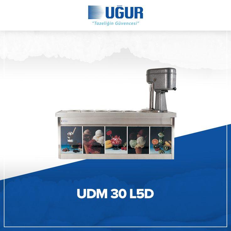 UDM 30 L5D birçok özelliğe sahip. Bunlar; 380 V / 5 Hz salamuralı soğutma sistemleri, sağlığa uygun krom çevirme kazanı ve paslanmaz krom nikel saçtan üretilen üst banko, iç hazneler, hazne kapakları. #uğur #uğursoğutma