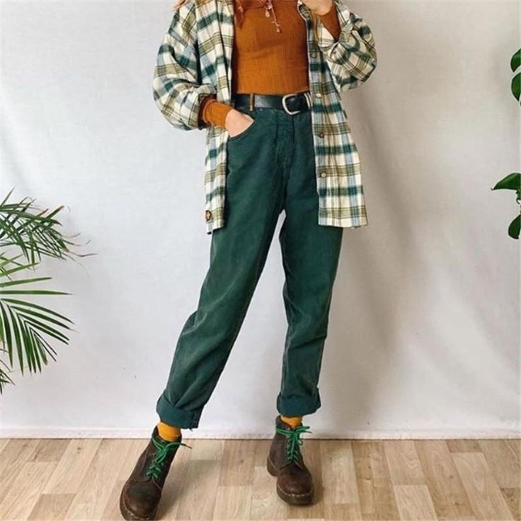 All About 90s Outfits Fashionactivation In 2020 Androgynous Fashion Cool Outfits Clothes