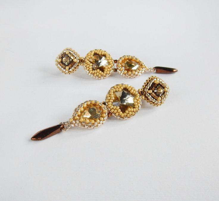 Leniwiec Domowy: Champagne earrings with rivoli