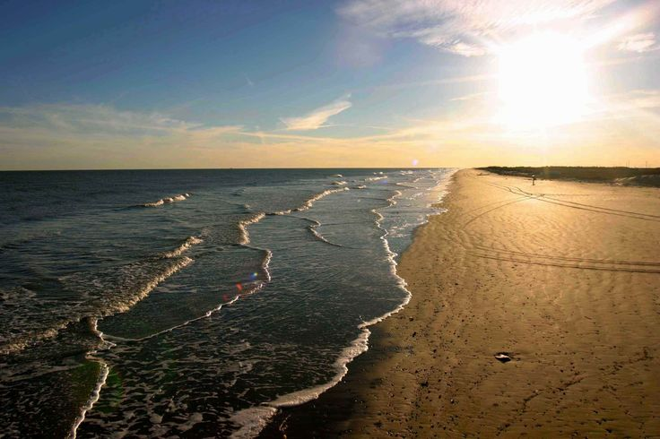 Surfside Beach is an alternative to Galveston if you're seeking less crowds, no frills and a relaxed beach. It's also well known for great fishing. Surfside Beach is located 65 miles south of Houston and 40 miles down the coast from Galveston along the Bluewater Highway.