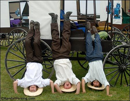 amish children pictures | LANCASTER, Pa. — Kate's like a lot of American teenagers. She likes ...