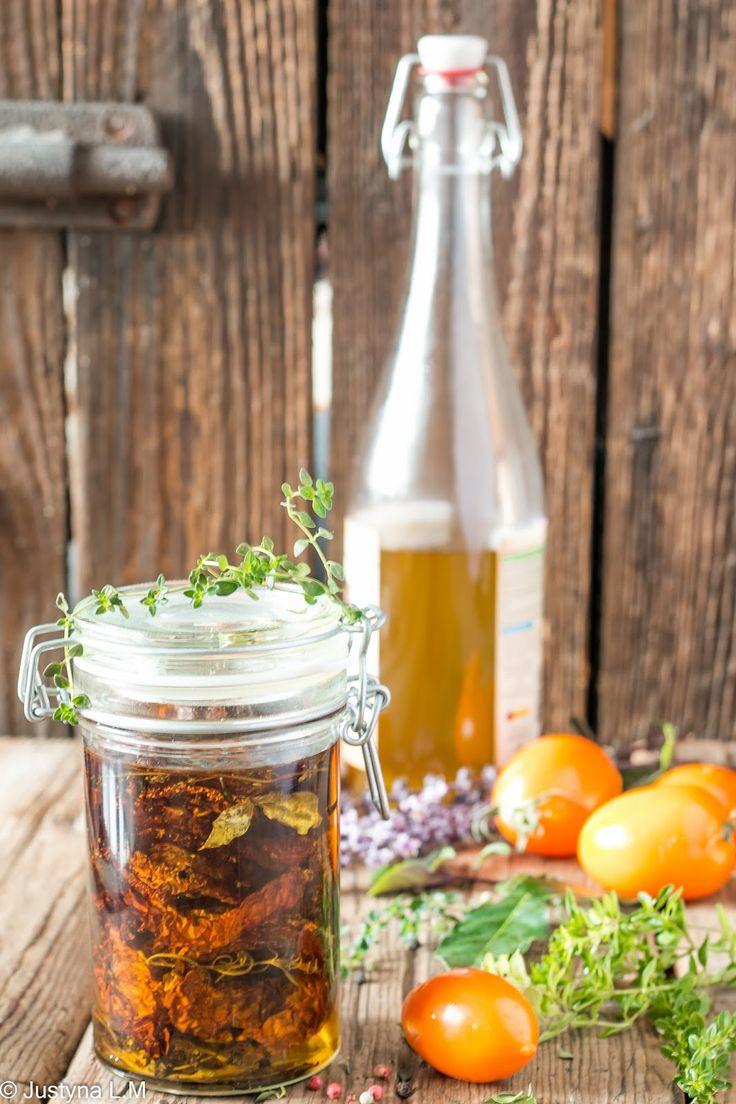 Suszone pomidory w oliwie - Gotowanie i pieczenie - I love it .