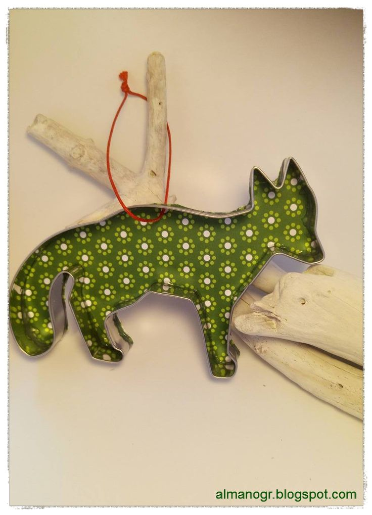 Christmas ornament with biscuit cutter #christmasornaments #xmasornaments #xmasdecor #christmasdecor #handmadedecor #biscuitcuttersornaments #almanogr #almano