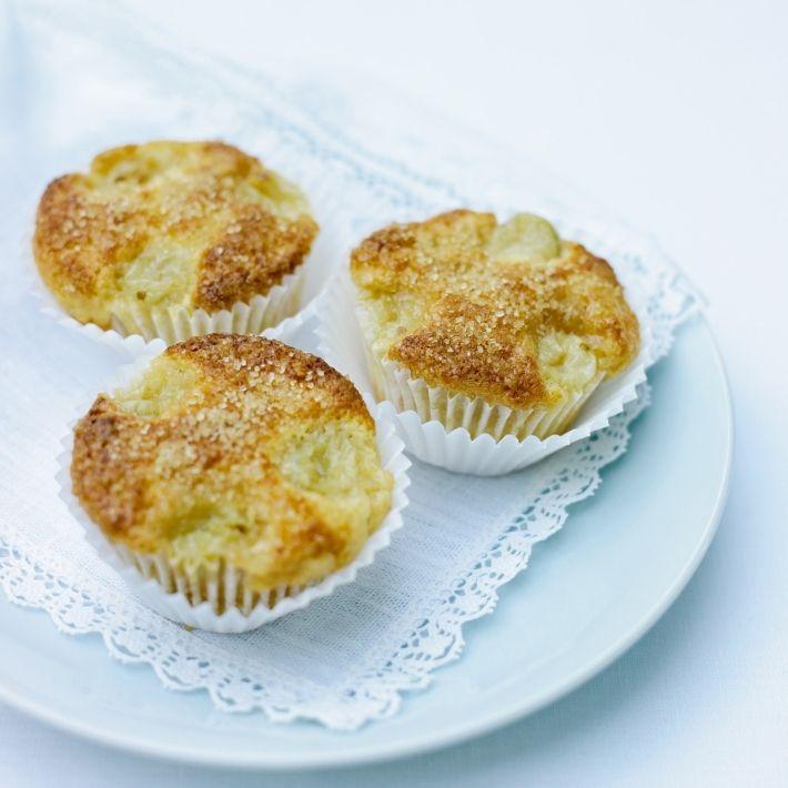 Cakes fresh gooseberry and elderflower muffins